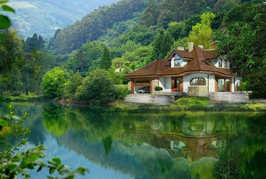 عکس خانه ویلایی در طبیعت زیبا