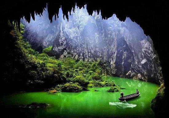 عکس زیبای طبیعت جالب و بکر از منظر غار